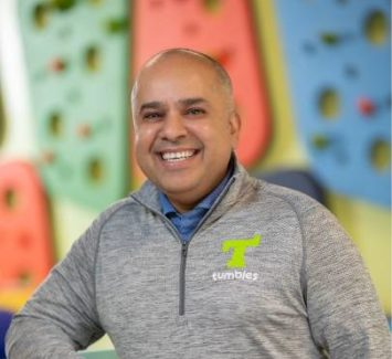 Manish Vakil CEO Tumbles
